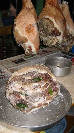 Foie Gras, Bruschetta, Meal Planning, Pork, Food And Drink, Bread, Meals, Kale Stir Fry, Cold Cuts