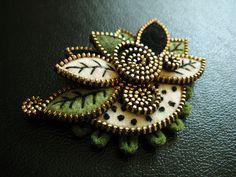 Leaf brooch by woolly  fabulous, via Flickr