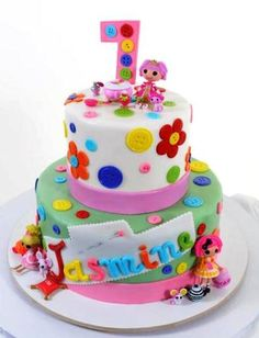 Kids Cake #1130 - Aw, Buttons! | Pastry Palace Las Vegas