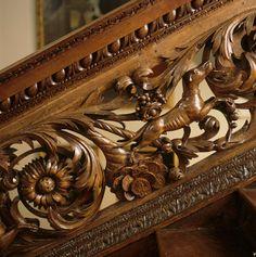 ღღ  Awesome staircase. Click on pic to see more ~~~~ Details of a staircase carving