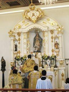 CATHOLICVS: Fotos de la Primera Misa solemne en el Rito Romano tradicional y Santa Misa Tridentina de la fiesta de la Exaltación de la Santa Cruz oficiadas en Brasilia (Brasil)