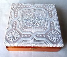 Dimentional-Wallpaper-Covered-Box-