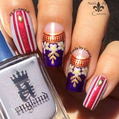 Purple x Gold Laurel Crown Mani - Nails by Cassis