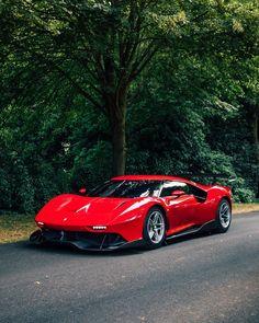 Ferrari latest special project, this time in the form of a race car. Ferrari F40, Ferrari Logo, Pretty Cars, Porsche Cars, Lamborghini Cars, Mc Laren, Super Sport Cars, Sweet Cars, Luxury Sports Cars