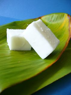 Haupia (coconut jello): 2 cans of coconut milk; 8 tbsp of cornstarch; 10 tbsp of sugar; 1 cups of water. Substitute coconut rum for some of the water to make an adult version. Coconut Jello, Coconut Deserts, Coconut Pudding, Coconut Custard, Coconut Recipes, Coconut Milk, Coconut Candy, Jello Recipes, Candy Recipes