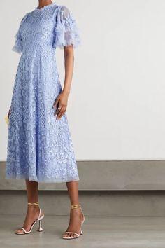 Midi Dress Sale, Lace Midi Dress, Tulle Dress, 15 Dresses, Short Dresses, Ballerina Dress, Mode Shop, Fashion Lighting, Dress Sewing Patterns