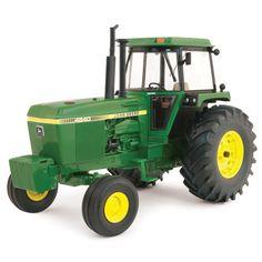 1/16 4640 Prestige Tractor