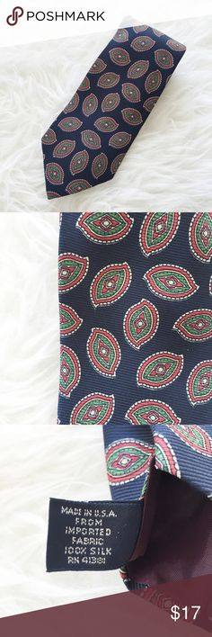 """Polo By Ralph Lauren Men's Tie 100% Silk Paisle """" Polo By Ralph Lauren""""      100% Silk     Hand Made     Paisley  Length : 57""""  Width : 3.5""""  Excellent used condition.  Please see the pictures.  Thank you for looking my item.  Please check out my other items!!! Polo by Ralph Lauren Accessories Ties"""