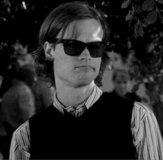 "Because he has no clue just how cool he is. | 24 Reasons To Love Dr. Spencer Reid From ""Criminal Minds"""