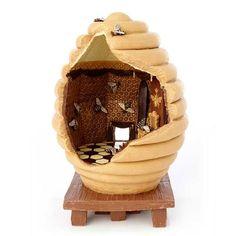 Chocolat Beehive Sculpture