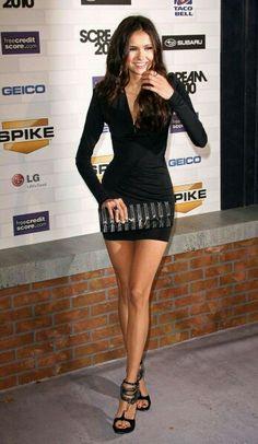 Que opinas de este Vestido negro corto para lucir espectacular muy sexy sensual para verte bien y  conquistar a ese hombre especial o a quien tu quieras.  Fashion de la red traida para ti #fashion #moda #outfit #dress #vestido #shortdress #sexy #sensual #vip #models #woman #girls #parael #modern