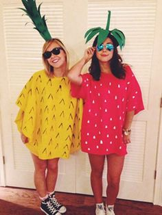 DIY pineapple and strawberry costume.  sc 1 st  Pinterest & Clown Costume- so cute!! Ok whatever I am totally making this in ...