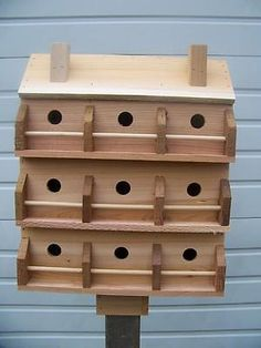 DELUXE BIRD HOUSE WITH 9 COMPARTMENTS WESTERN RED CEDAR . BIRDS FREE S/H