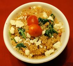 Adventures With Foodie Felisha: Roasted Tomato Spinach and Quinoa Bowl
