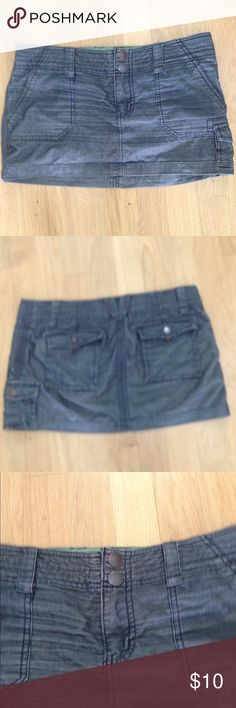 Mossimo Cargo Mini Skirt Excellent condition with pockets on back and front. Mossimo Supply Co Skirts Mini