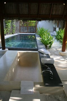 open air bathroom and plunge pool | Flickr - Photo Sharing!