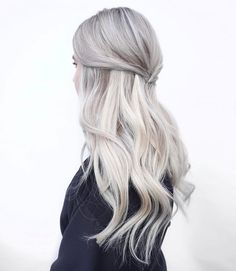 Save this if you're looking to switch up your hair color to discover 8 trendy looks like this silver 'do.