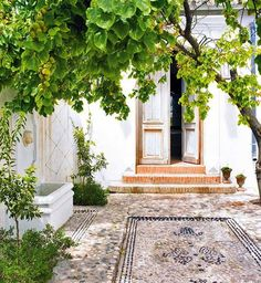 House in Malaga, Spain. (this is gorgeous, but Malaga is one of my least favourite towns in Spain. Outdoor Rooms, Outdoor Gardens, Outdoor Living, Outdoor Decor, Patio Interior, Interior And Exterior, Landscape Design, Garden Design, Pebble Mosaic