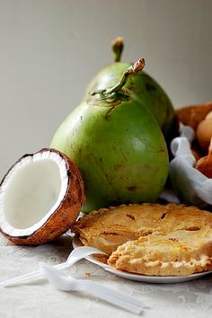 Basic Recipe for Special Buko Pie – a Homecoming Filipino Pastry Buko pie is a favorite pasalubong or homecoming gift that Filipinos love giving their families, friends, and colleagues. Filipino Dishes, Filipino Desserts, Filipino Recipes, Asian Recipes, Filipino Food, Philipinische Desserts, Asian Desserts, Dessert Recipes, Dessert Ideas