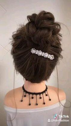 Hairdo For Long Hair, Bun Hairstyles For Long Hair, Diy Hairstyles, Front Hair Styles, Medium Hair Styles, Hair Style Vedio, Hair Tutorials For Medium Hair, Hair Upstyles, Hair Videos