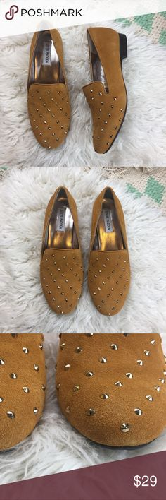 Steve Madden Mustard Yellow Studded Flats Studded mustard yellow suede flats. Great condition. Little to no wear to the soles. 💫 Smoke free home. Offers are welcome! No trades, please. Bundle multiple items for a discount and only pay for shipping once! Steve Madden Shoes Flats & Loafers