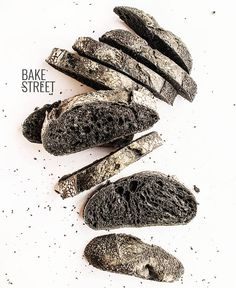 Pan de masa madre con carbón vegetal