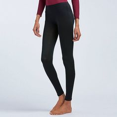 The latest items in our high-performance HEATTECH line are even softer and smoother, for more advanced comfort. Camellia oil has been added as a moisturizer that keeps your skin feeling soft and supple. Packed with tons of other features for cold-weather Camellia Oil, Suits You, Simple Outfits, Uniqlo, Women's Leggings, Cold Weather, Your Style, Capri Pants, Black Jeans