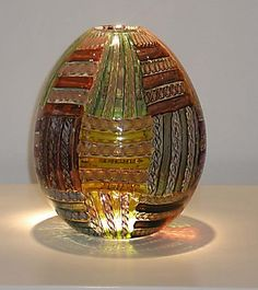 "Lucy Bergamini, ""Quilt Pattern Vessel,""  blown glass, http://www.morganglassgallery.com/imagepages/46.22.htm"