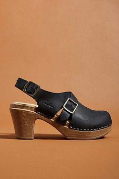 6b0c1d1f3cd Ca&Lou Calou Astrid Clog Sandals Clog Sandals, Walking Shoes, Clogs,  Anthropologie, Women's