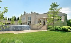 architecture michael jordan mansion Michael Jordans Mansion Up For Sale for $29 Million [Video]