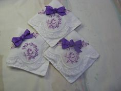 These beautiful sachets were created from a vintage (1940-1960) lady's handkerchief and new lightweight cotton…