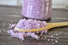 Lavender Vanilla Salt Scrub #DIY.  Make your own salt scrub.  Bath salts.  Lavender bath scrub.  How to make salt scrub.