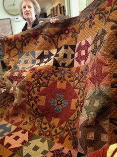 Timeless Traditions: Quilting Friends Gather Really like the background gold color. Primitive Quilts, Antique Quilts, Fall Quilts, Scrappy Quilts, Amish Quilts, Churn Dash Quilt, Country Quilts, Civil War Quilts, Medallion Quilt