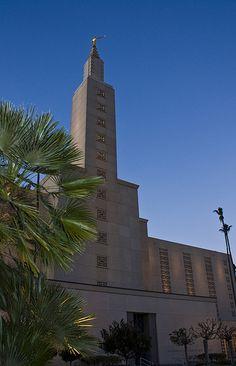 Los Angeles Temple - http://www.everythingmormon.com/los-angeles-temple-9/  #mormonproducts #LDS #mormonlife