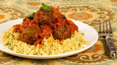 Moroccan-Spiced Meatballs in Spicy Tomato Sauce By Rheanna Kish and The Test Kitchen Source: Canadian Living Magazine: January 2011 Spicy Tomato Sauce, Tomato Sauce Recipe, Sauce Recipes, Meat Recipes, Asian Recipes, Cooking Recipes, Savoury Recipes, Moroccan Meatballs, Morocco