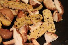 Teriyaki Tempeh and Shiitake Mushrooms with Sriracha Soba. Vegan Recipe. Easily Glutenfree.