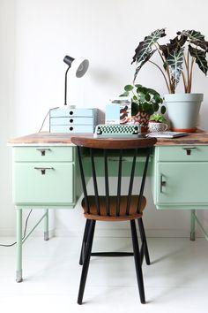 MY ATTIC SHOP / vintage desk / workspace / home office Photography: Marij Hessel www.entermyattic.com