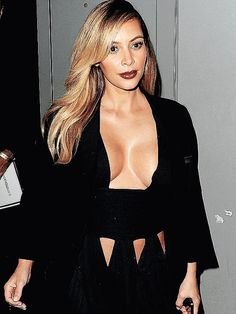 Kim Kardashian made a daring appearance in a deep-cut black gown at a party in Paris. New Mums, Celebs, Celebrities, Plunging Neckline, Hollywood Actresses, Kim Kardashian, Curvy, Beautiful Women, Gowns