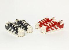 アーティスト:トム・ユ レゴで作ったスニーカー:スタン・スミス