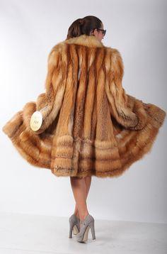 Red_fox_fur_coat__jacket__knee_length__norvegian_whole_skins.2_819.73_10.19.12