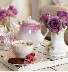 Ana Rosa morning tea and lavender roses Lavender Cottage, Rose Cottage, Lavender Tea, Lavender Roses, Lavander, Cottage Chic, Tea Cup Saucer, Tea Cups, Tea Art