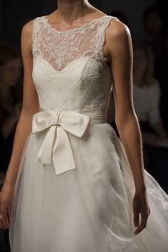 "Amsale Fall 2014 - ""Quinn"" - Lace and silk ribbon bow"