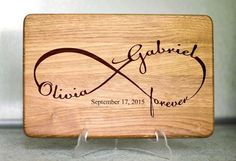 Our personalized cutting boards are custom engraved keepsakes. Our personalized cutting boards are custom engraved keepsakes. They make a unique and touching gift Wood Burning Crafts, Wood Burning Patterns, Wood Burning Art, Gravure Laser, Diy Cutting Board, Personalized Cutting Board, Wedding Gifts For Couples, Wooden Crafts, Bridal Shower Gifts