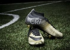 Nike homenageia Ronaldo com chuteiras de ouro e diamantes - Dinheiro Vivo