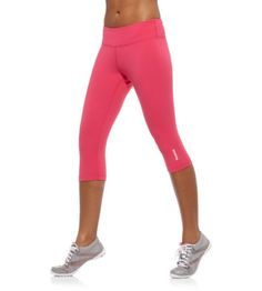Reebok Women's Yoga Capri Tight Pants  Get 15% off + 10% cash back http://www.studentrate.com/itp/get-itp-student-deals/Reebok-Student-Discounts--/0