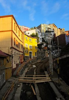 Valparaiso, Chile (my old house on the left! Drake Passage, Andes Mountains, Live Art, Easter Island, The Beautiful Country, End Of The World, Pacific Ocean, Bolivia, South America