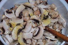 O mancare usor de preparat , rapida si foarte gustoasa mai ales in zilele de post . Avem nevoie de urmatoarele : 1kg ciuperci champignon 1 legatura patrunjel verde 3-4 catei usturoi 1 ceapa 100 ml ulei sare, piper delikat dupa gust Cum procedam : Curatam ciupercile si apoi le spalam dupa care le taiem …