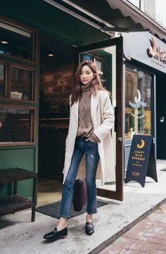 Handmade Hidden Fastening Coat CHLO.D.MANON | #falltrend #chic #koreanfashion #coat #kstyle #dailylook #seoul