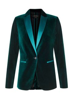Band jacket cuts, jewel tones hues, and embellished options for starters. Camo Fashion, Velvet Fashion, Men Fashion, Fashion Brand, Blazers For Women, Jackets For Women, Women's Jackets, Women Blazer, Women's Activewear Jackets