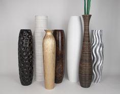 Bodenvasen aus Holz